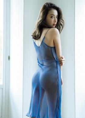 Wataru Takeuchi swimsuit gravure Japans most beautiful 34yearold latest body unveiled 035