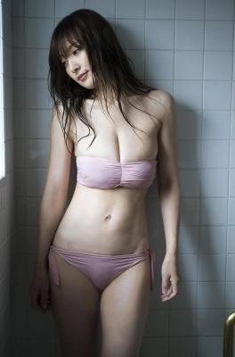 Yohko Kumada swimsuit gravure Take a look at her miraculous body f006