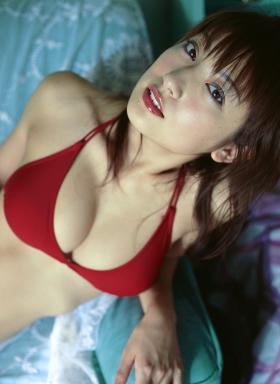 Yohko Kumada swimsuit gravure Take a look at her miraculous body f011