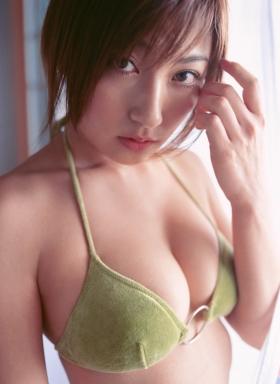 Yohko Kumada swimsuit gravure Take a look at her miraculous body f013