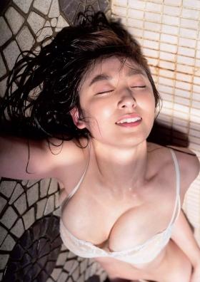 Yohko Kumada swimsuit gravure Take a look at her miraculous body f022