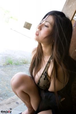 A little bit adult Nonami Takizawa Gravure Swimsuit Images018