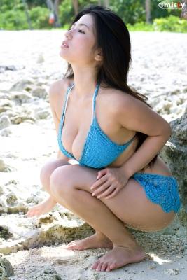 A little bit adult Nonami Takizawa Gravure Swimsuit Images032
