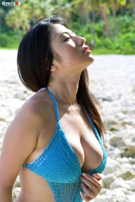 A little bit adult Nonami Takizawa Gravure Swimsuit Images033