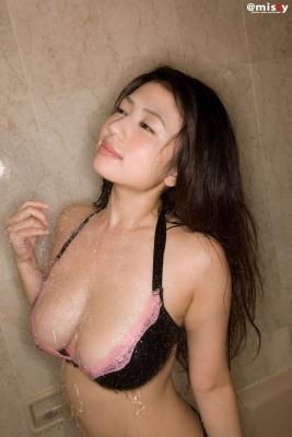 A little bit adult Nonami Takizawa Gravure Swimsuit Images049