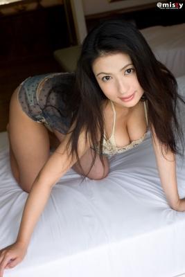 A little bit adult Nonami Takizawa Gravure Swimsuit Images057