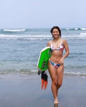 Kairai Shirahase Swimsuit Gravure Nations No2 active body boarder 006