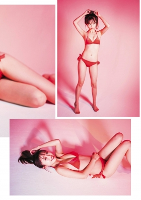 Rika Nakai swimsuit gravure 23 years old with a difference004