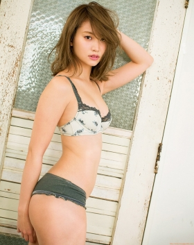 Mariya Nagaothe No1 beauty idol of AKB48in a swimsuit bikini102