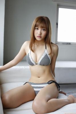 Hinako Sano Swimsuit Bikini Images021