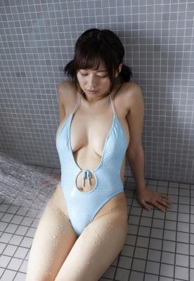 Wachi Tsukasa swimsuit gravure 009