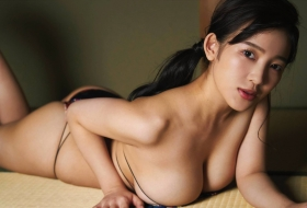Jun Amagi Swimsuit Gravure Approaching you rapidly004