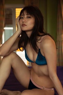 Kazusa Okuyama swimsuit gravure 026