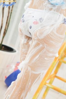 Yuzu Shirasaki Swimsuit Gravure Beautiful girl in bubble shower White swimsuit White bikini014