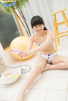 Yuzu Shirasaki Swimsuit Gravure Beautiful girl in bubble shower White swimsuit White bikini033
