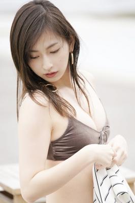 Akari Uemura Swimsuit Gravure Hello Project Brown swimsuit Brown bikini Beach001