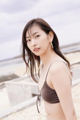 Akari Uemura Swimsuit Gravure Hello Project Brown swimsuit Brown bikini Beach011