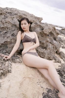 Akari Uemura Swimsuit Gravure Hello Project Brown swimsuit Brown bikini Beach018