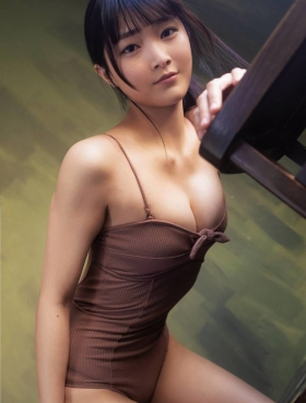Sarara Saito First Swimsuit Gravure New Actress Debuting in 2019 2021009