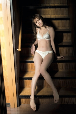 Yume Shinjo Swimsuit Gravure A Japanese heroine with a smile that charms everyone in the clear air 2021012