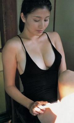 Manami Hashimoto Swimsuit Gravure Cuddle up to me003