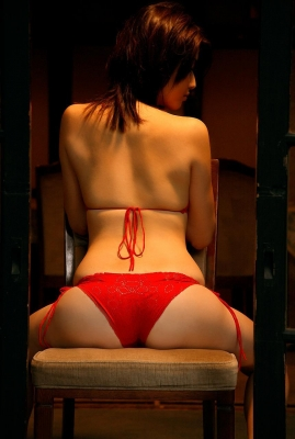 Manami Hashimoto Swimsuit Gravure Cuddle up to me018