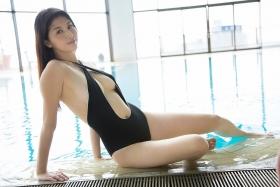 Manami Hashimoto Swimsuit Gravure Cuddle up to me023
