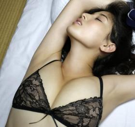 Manami Hashimoto Swimsuit Gravure Cuddle up to me042