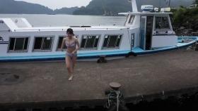Rei Kaminishi swimsuit gravure First photo book Temperature of Water 2020018