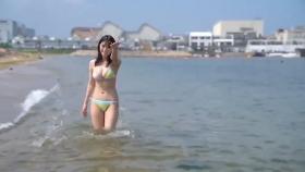 Rei Kaminishi swimsuit gravure First photo book Temperature of Water 2020050