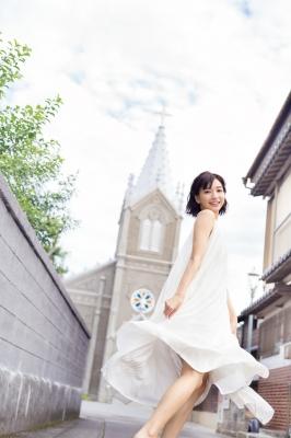 Akane Sakanoue swimsuit gravure 1ST photo book Akane Iro on sale 2021004