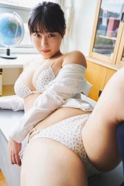 Toruko Omano Swimsuit Gravure Taking off the uniform after school 2021010