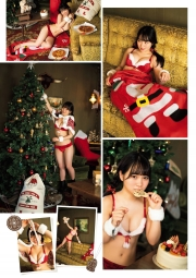 A girl in a bathing suitShe is a high school student and a SantaClaus! Fcup with 150cm height 2021002