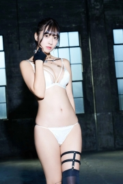 Im not sure if this is a good ideaSwimsuit Gravure This member is not strongAre you okayI thought so013