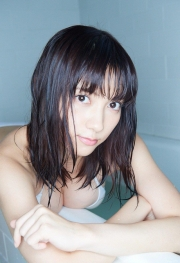 Nashiko Momotsuki swimsuit gravureCant stop themomentum 4The momentum never stops42003
