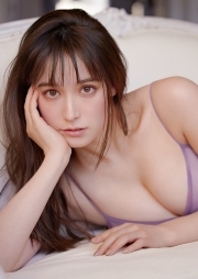 Naomi Traudeen Underwear Picture Beautifulwoman who attracts attention as an anchorCurrent Keio University law student intelligent model 2021008
