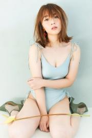 Misaki Kanbe swimsuit gravure Model beauty activein many TV programs 2021005