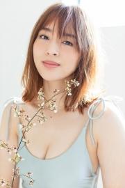Misaki Kanbe swimsuit gravure Model beauty activein many TV programs 2021009