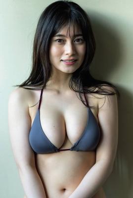1-005bSakurako Okubo swimsuit gravure Bust spilling outin a womens bath 2021