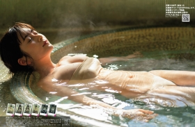 1-008Sakurako Okubo swimsuit gravure Bust spilling outin a womens bath 2021