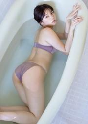 Natsuki Kawamura swimsuit gravure Please look ather body always natural 2021011