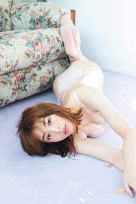 Misaki Kambe Underwear Image Model Beauty onTV Show 2021005