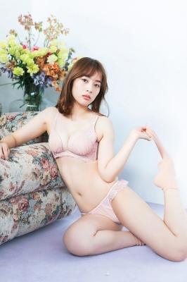 Misaki Kambe Underwear Image Model Beauty onTV Show 2021008