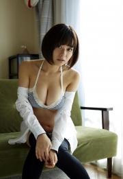 Wachiji Tsukasa swimsuit gravure swaying H cup sobig its bigger than your face035