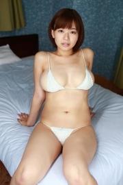 Wachiji Tsukasa swimsuit gravure swaying H cup sobig its bigger than your face037