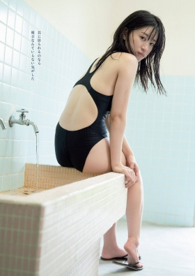 Rei Kaminishi swimsuit gravure DVD Temperature of water release commemoration! 2021003