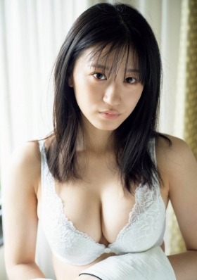 Rei Kaminishi swimsuit gravure DVD Temperature of water release commemoration! 2021008