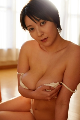 Konno bookmark swimsuit gravure H big breasts sticking out 2021 f011