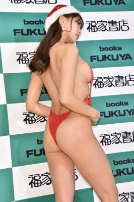 Tomomi Morisaki swimsuit gravure Japans mosterotic body unveiled 2021017