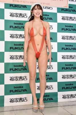Tomomi Morisaki swimsuit gravure Japans mosterotic body unveiled 2021018